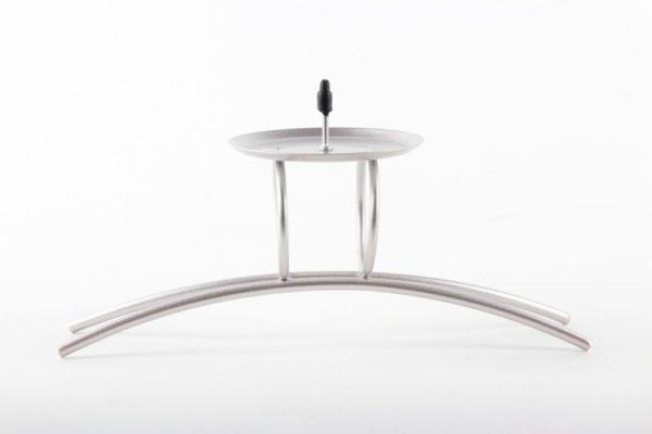 Silberner Kerzenhalter aus Metall - Zuhause und Wohnen>Kerzenhalter